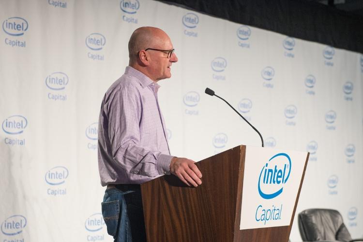Intel инвестирует $ 250 млн в автономное вождение